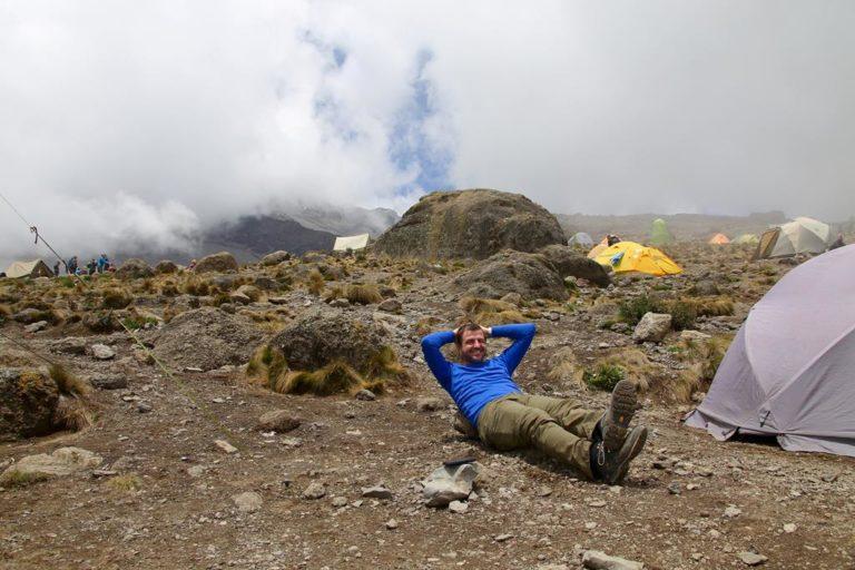 Entspannte Pause im Camp